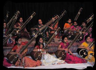 Dr. Sudha Dixit with pupils, Bharat Bhawan, Bhopal. 23 Dec 07